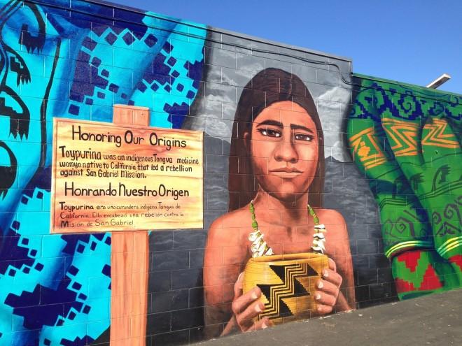 la-me-hood-sisters-mural-pictures-20141013